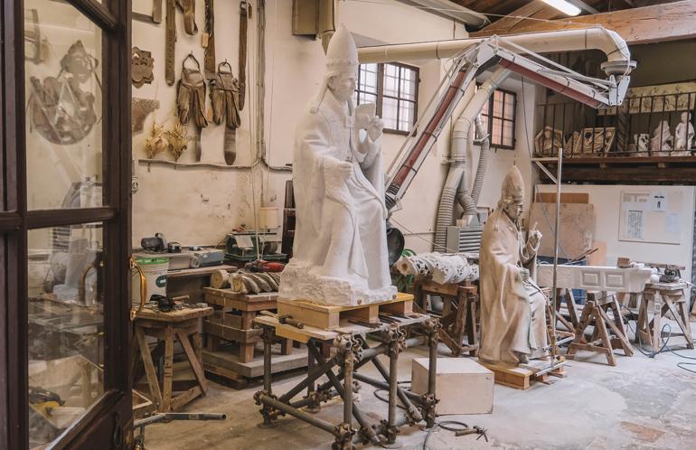 Florenz Geheimtipps: Eine Werkstatt in der Skulpturen hergestellt werden.