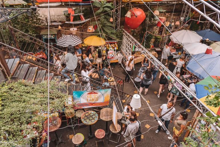 Budapest Städtetrip: Der Farmer's Markt aus der Vogelperspektive.