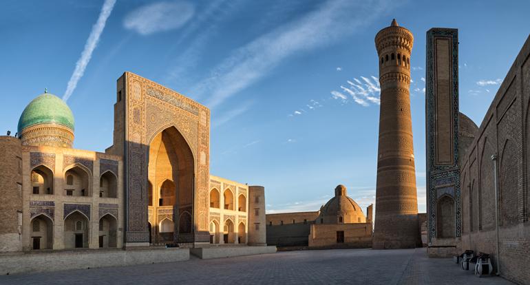 Ein architektonischer Komplex auf dem Poi Kalyan in Bukhara, Uzbekistan