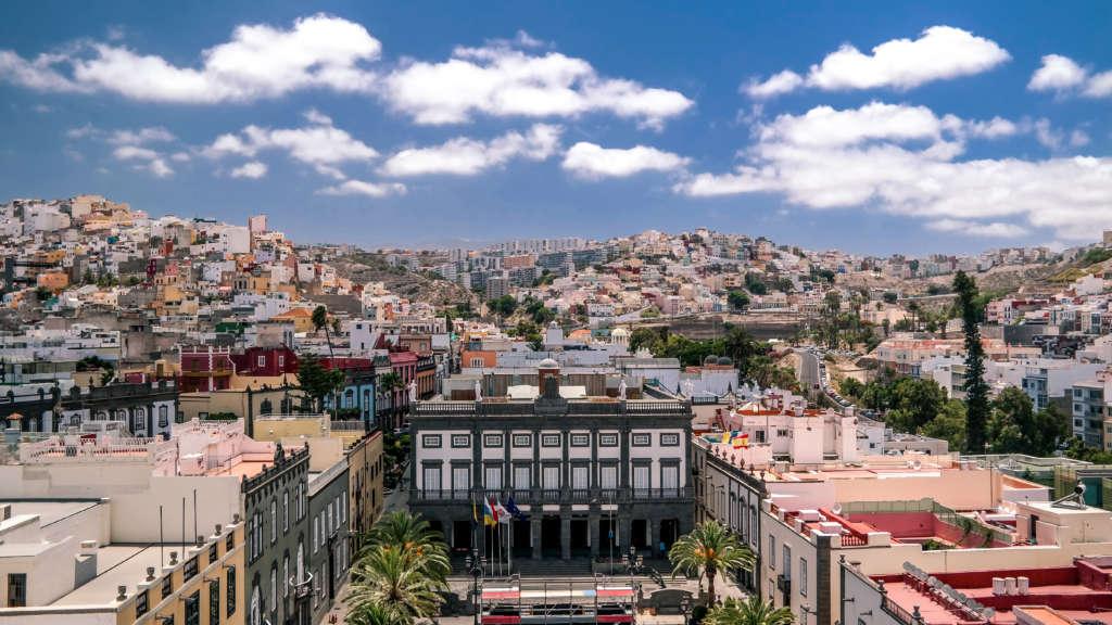 Hierhin lohnt sich ein Abstecher von Teneriffa aus: Las Palmas auf der Nachbarinsel Gran Canaria von der Kathedrale St. Ana aus fotografiert.